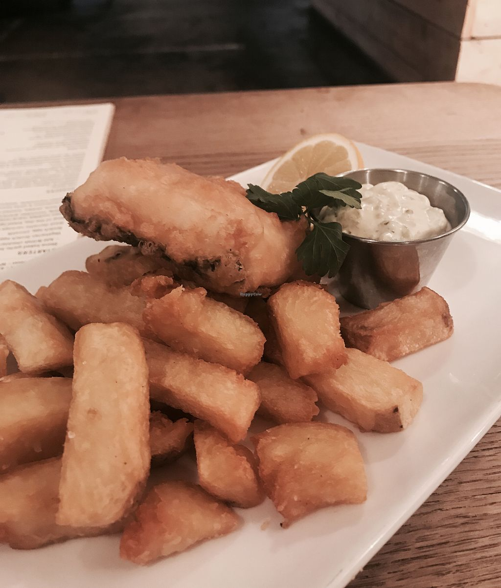 """Photo of Acanteen  by <a href=""""/members/profile/EmmaOdell"""">EmmaOdell</a> <br/>Vegan fish & chips <br/> May 8, 2018  - <a href='/contact/abuse/image/109942/396930'>Report</a>"""