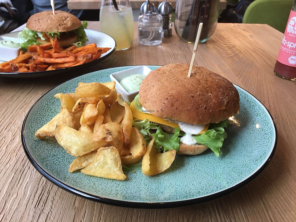 "Photo of Froindlichst - Daimlerstr  by <a href=""/members/profile/AdamBdam"">AdamBdam</a> <br/>The ""Sweet Chick Burger""  <br/> March 19, 2018  - <a href='/contact/abuse/image/109963/372803'>Report</a>"
