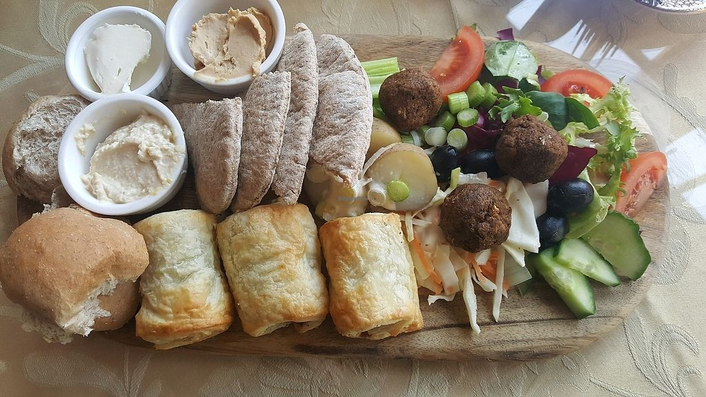 """Photo of The Green Cottage  by <a href=""""/members/profile/KarlAyers"""">KarlAyers</a> <br/>The Vegan Platter <br/> March 14, 2018  - <a href='/contact/abuse/image/110024/370561'>Report</a>"""