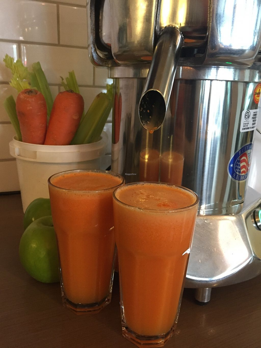"""Photo of The Cozy Corner  by <a href=""""/members/profile/CamillaBaker"""">CamillaBaker</a> <br/>Fresh juice & smoothies made from scratch <br/> January 23, 2018  - <a href='/contact/abuse/image/110086/350067'>Report</a>"""