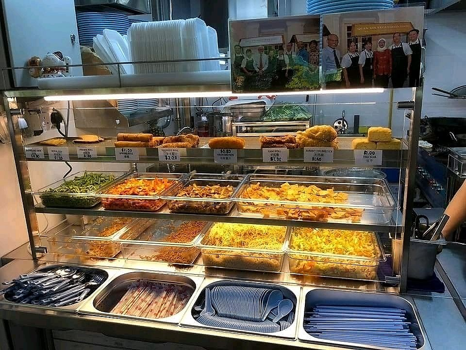"""Photo of Wholesome Vegetarian Stall  by <a href=""""/members/profile/JimmySeah"""">JimmySeah</a> <br/>buffet selection <br/> January 24, 2018  - <a href='/contact/abuse/image/110259/350519'>Report</a>"""