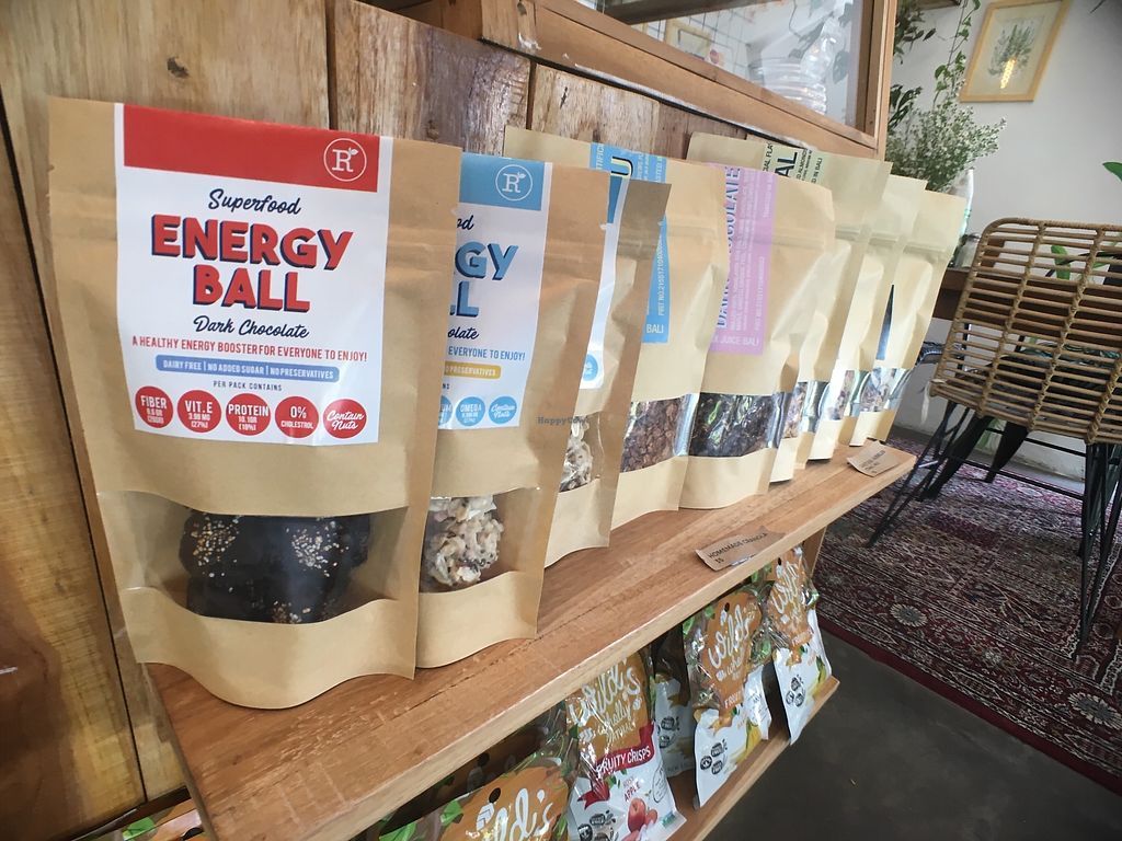 "Photo of Remix Bali  by <a href=""/members/profile/vanofvegan"">vanofvegan</a> <br/>They make granola & energy balls <br/> January 29, 2018  - <a href='/contact/abuse/image/110378/352230'>Report</a>"