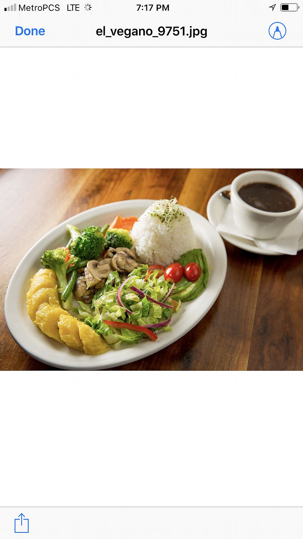 "Photo of Puerto Viejo  by <a href=""/members/profile/MaritzaAbreu"">MaritzaAbreu</a> <br/>El Vegano, Dominican Macro Bowl with avocado, sautéed mushrooms, sautéed vegetables, boiled sweet plantain, rice, beans and salad  <br/> February 21, 2018  - <a href='/contact/abuse/image/110488/361931'>Report</a>"