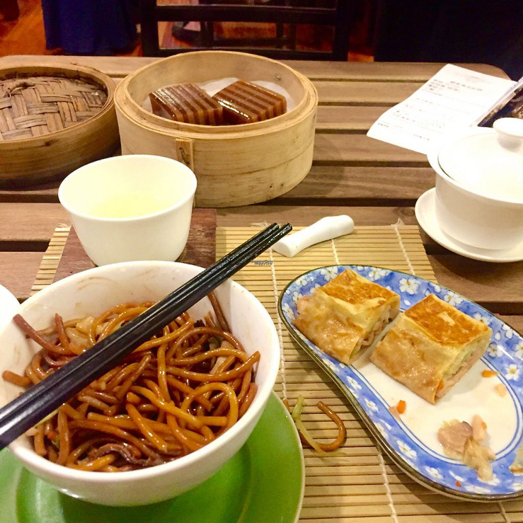 "Photo of LockCha Tea House  by <a href=""/members/profile/MMC"">MMC</a> <br/>Dim sum with Chrysanthemum tea at Lockcha <br/> December 3, 2016  - <a href='/contact/abuse/image/11069/197084'>Report</a>"