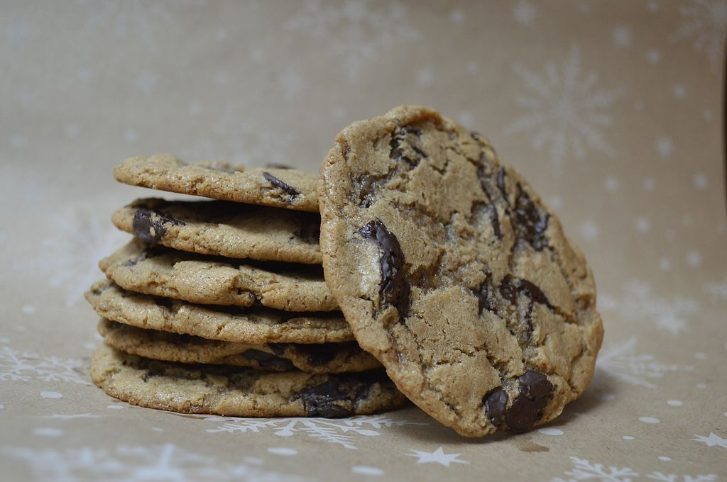 """Photo of El Abeto Azul  by <a href=""""/members/profile/KarlaHR"""">KarlaHR</a> <br/>Soft & chewy chocolate chip cookies <br/> February 13, 2018  - <a href='/contact/abuse/image/110831/358639'>Report</a>"""
