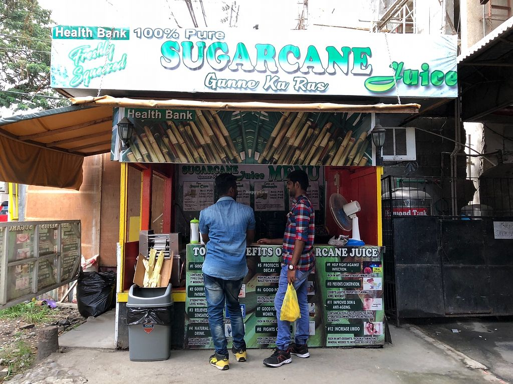"""Photo of Cane Juice Cafe  by <a href=""""/members/profile/Durianwalker"""">Durianwalker</a> <br/>Buying sweet cane juice <br/> February 1, 2018  - <a href='/contact/abuse/image/110833/353391'>Report</a>"""