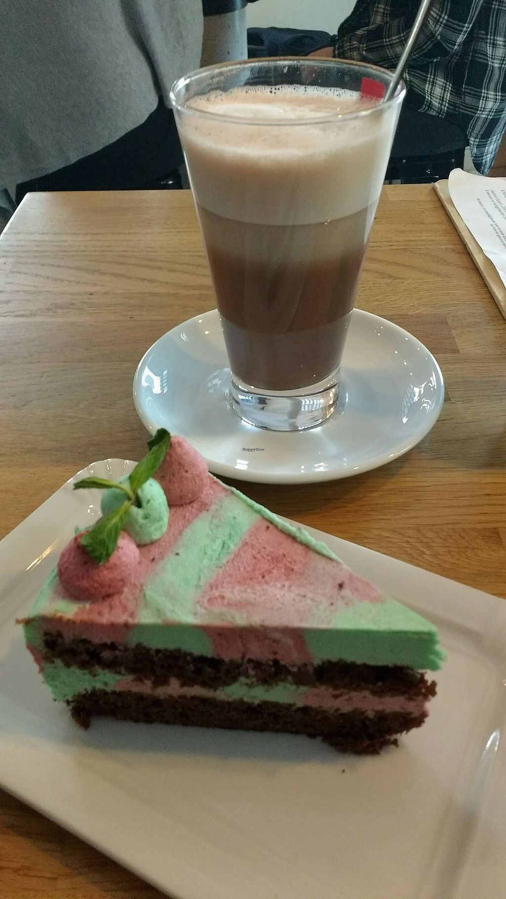 """Photo of Zom Schleggiga Egg  by <a href=""""/members/profile/lilScorpio"""">lilScorpio</a> <br/>hot chocolate and raspberry (?)-mint pie! <br/> March 3, 2018  - <a href='/contact/abuse/image/111076/366228'>Report</a>"""