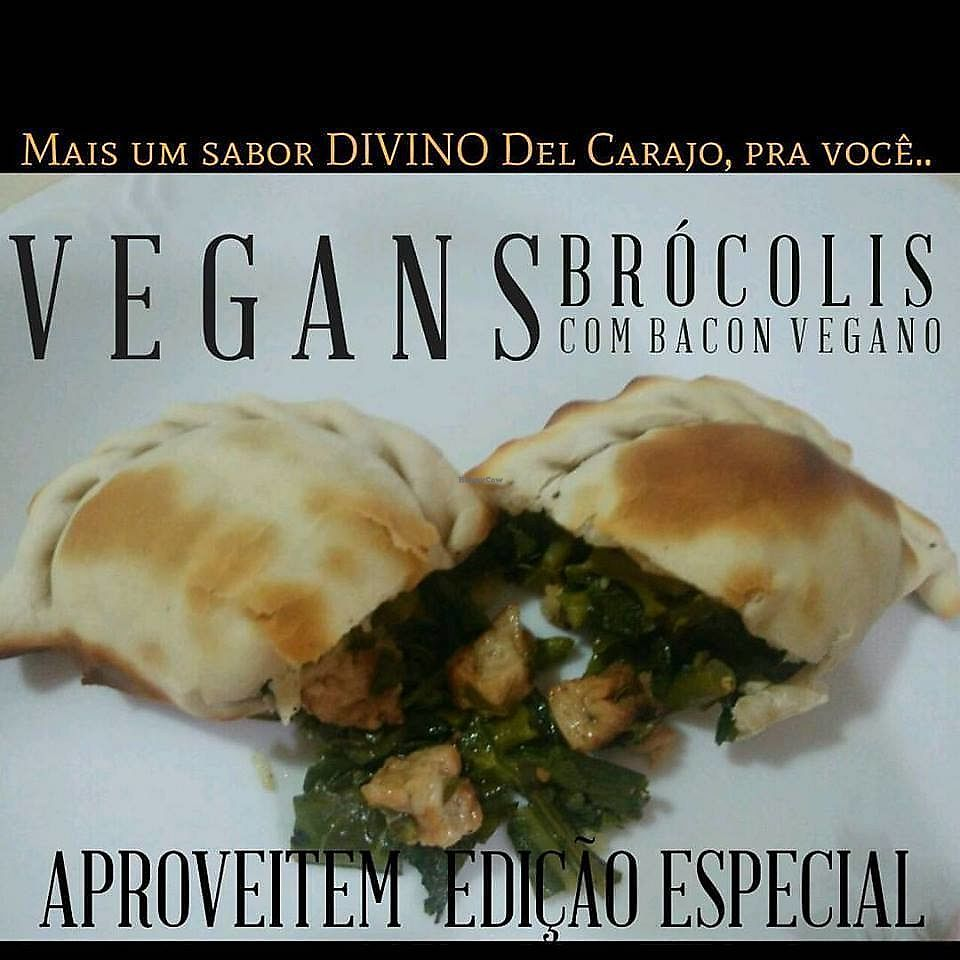 "Photo of Del Carajo Gourmet  by <a href=""/members/profile/GabrielMelo"">GabrielMelo</a> <br/>Empanada vegan <br/> February 4, 2018  - <a href='/contact/abuse/image/111178/354820'>Report</a>"