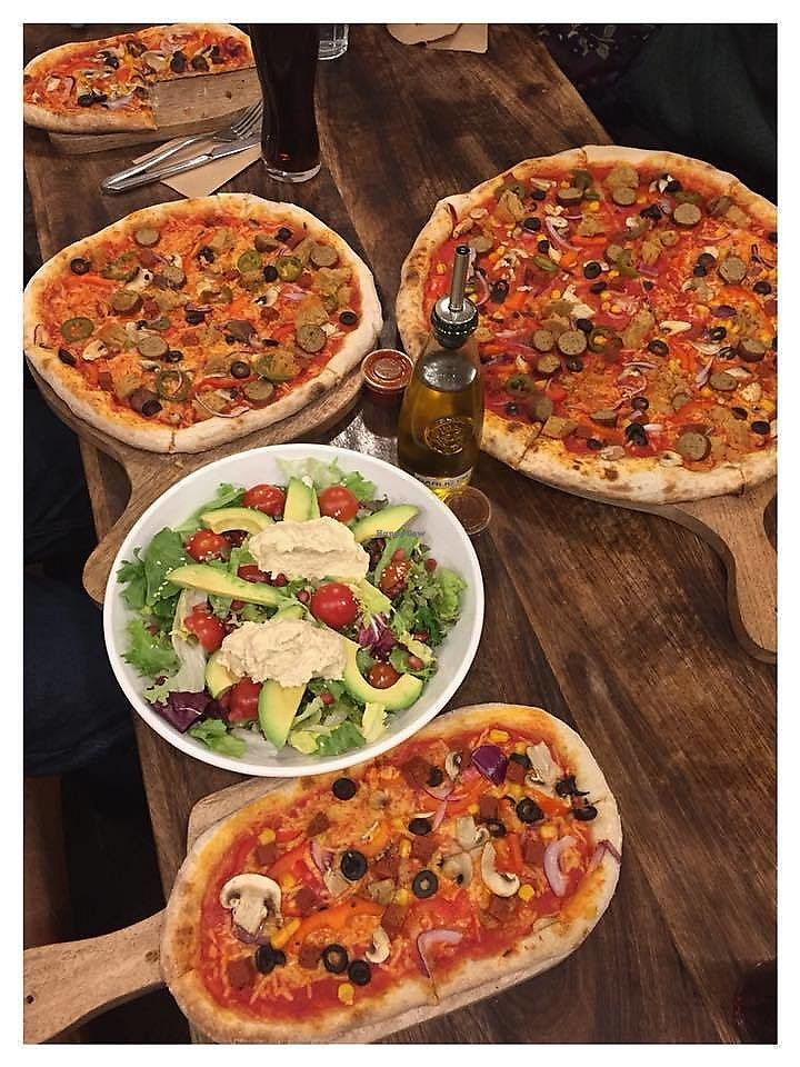"Photo of Basement Browns  by <a href=""/members/profile/birchtree"">birchtree</a> <br/>different size pizzas and salad <br/> February 4, 2018  - <a href='/contact/abuse/image/111264/355013'>Report</a>"