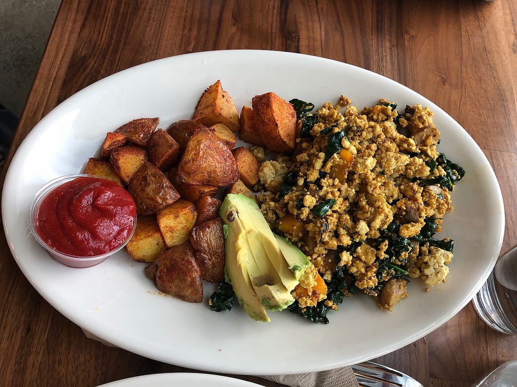 "Photo of Floret - Airport  by <a href=""/members/profile/KerryElise"">KerryElise</a> <br/>Forager's Scramble (vegan option with tofu and potatoes) <br/> March 26, 2018  - <a href='/contact/abuse/image/111482/376122'>Report</a>"
