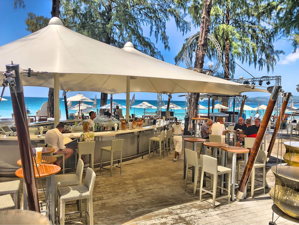 "Photo of Catch Beach Club  by <a href=""/members/profile/SoniaGivray"">SoniaGivray</a> <br/>Nice wherever you look ?  <br/> February 8, 2018  - <a href='/contact/abuse/image/111496/356224'>Report</a>"