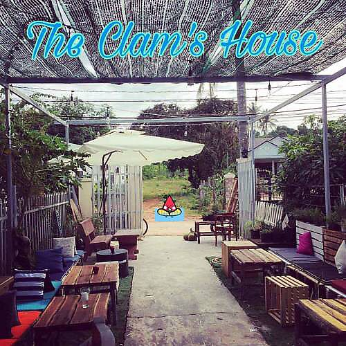 """Photo of The Clam's House  by <a href=""""/members/profile/JuergenKracke"""">JuergenKracke</a> <br/>The Clam's House <br/> February 9, 2018  - <a href='/contact/abuse/image/111575/356634'>Report</a>"""