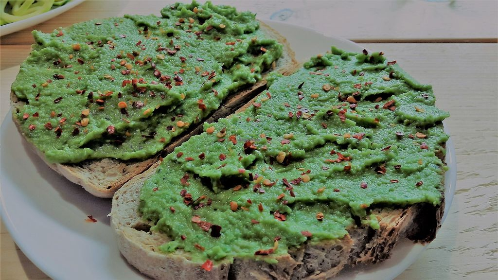 """Photo of Steep & Filter  by <a href=""""/members/profile/Veganolive1"""">Veganolive1</a> <br/>Smashed avocado & pea with mint & chilli on sourdough <br/> March 8, 2018  - <a href='/contact/abuse/image/111694/368209'>Report</a>"""