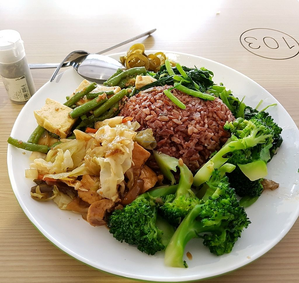 "Photo of Yum Yum Yummy Vegetarian - Bukit Merah Central  by <a href=""/members/profile/cleomy"">cleomy</a> <br/>Lots of Vegetable options. This plate has brown rice. You can choose olive rice too <br/> March 8, 2018  - <a href='/contact/abuse/image/111713/368070'>Report</a>"