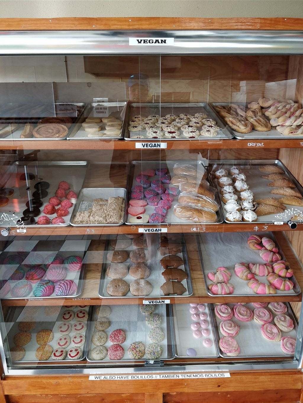 """Photo of  Panaderia Cafe Oaxaca  by <a href=""""/members/profile/SethCNelson"""">SethCNelson</a> <br/>Entire display case of vegan treats! <br/> February 11, 2018  - <a href='/contact/abuse/image/111740/357633'>Report</a>"""