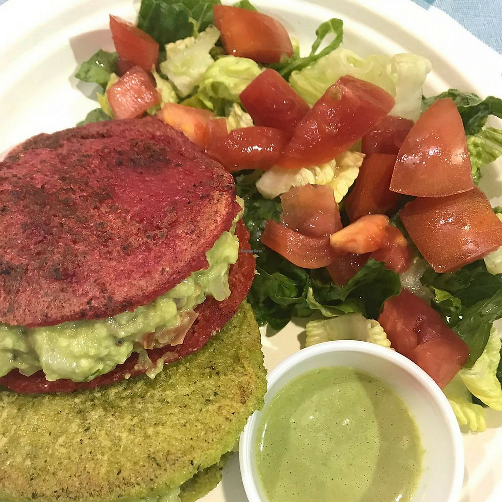 "Photo of Reina Vegana  by <a href=""/members/profile/NoloSim%C3%B3n"">NoloSimón</a> <br/>Mexican Stuffing in Beet and Spinach arepas <br/> March 20, 2018  - <a href='/contact/abuse/image/111877/373511'>Report</a>"