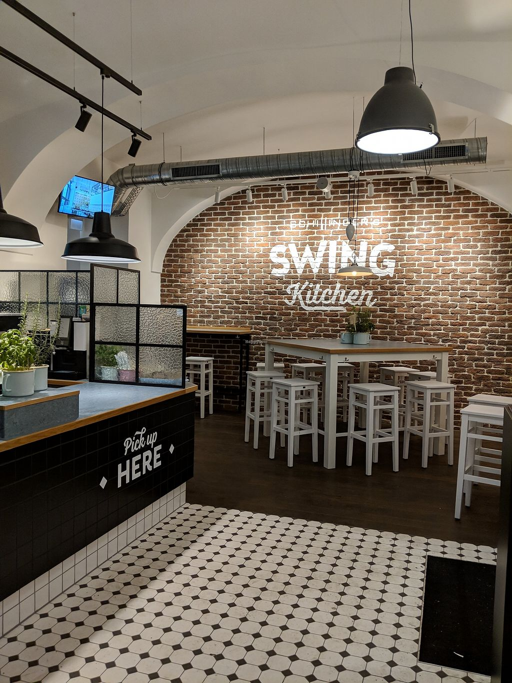 """Photo of Swing Kitchen - Währinger Str  by <a href=""""/members/profile/community5"""">community5</a> <br/>Swing Kitchen - Währinger Str <br/> February 20, 2018  - <a href='/contact/abuse/image/112145/361710'>Report</a>"""