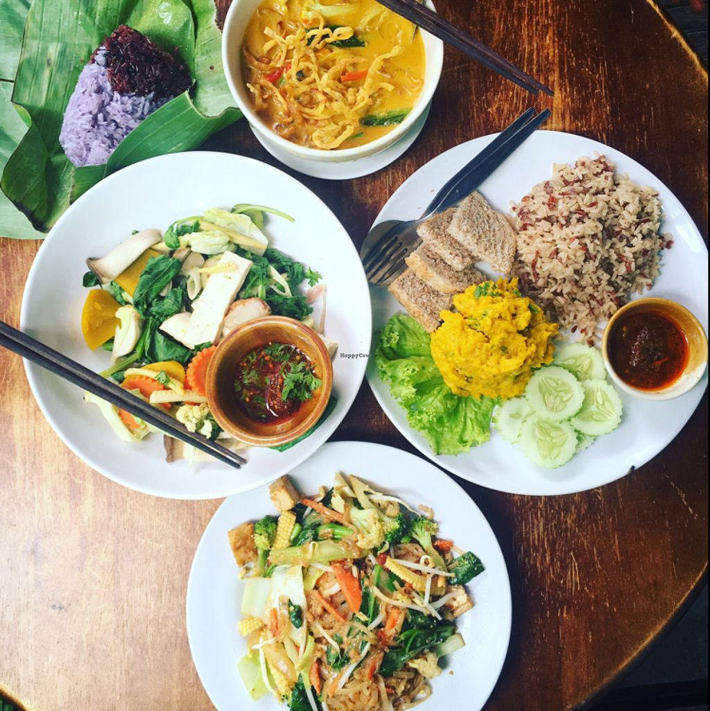 """Photo of CLOSED: May Kaidee Vegetarian Restaurant - Ratvithi Rd  by <a href=""""/members/profile/MagnusHolm"""">MagnusHolm</a> <br/>so good! <br/> June 4, 2016  - <a href='/contact/abuse/image/11233/152270'>Report</a>"""