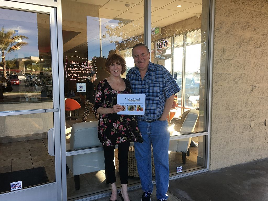 """Photo of Y'not Juice  by <a href=""""/members/profile/dancingvegan"""">dancingvegan</a> <br/>HappyCow team member with SLO Ambassador Steve. (See HappyCow decal of excellence on window.) <br/> February 19, 2018  - <a href='/contact/abuse/image/112487/361088'>Report</a>"""