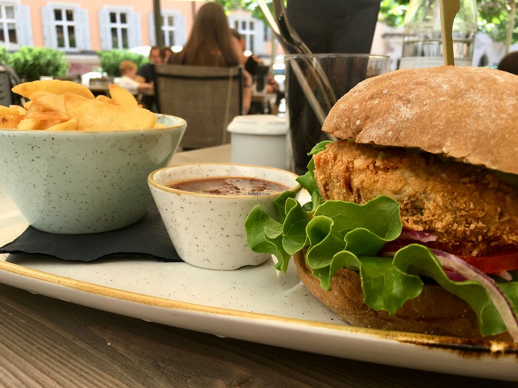 """Photo of Pims Burger  by <a href=""""/members/profile/ValentinaCarlotto"""">ValentinaCarlotto</a> <br/>Vegan burger, potato wedges & bbq sauce <br/> May 6, 2018  - <a href='/contact/abuse/image/112550/396111'>Report</a>"""