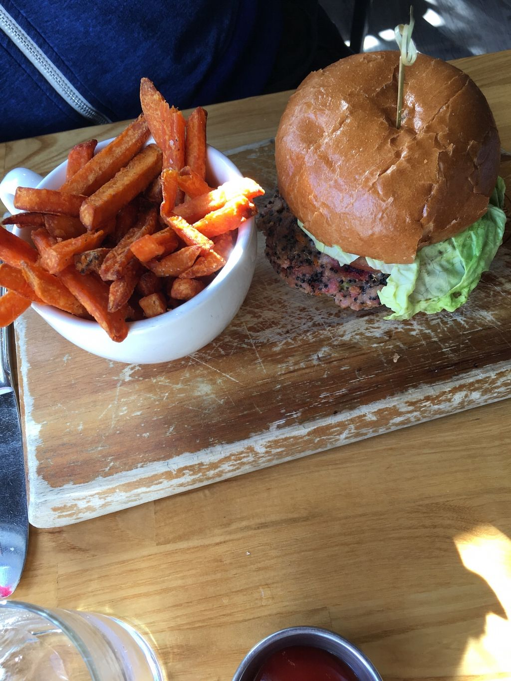 """Photo of Clearwater Restaurant  by <a href=""""/members/profile/theron"""">theron</a> <br/>Veggie burger - for vegan order without cheese and different bread <br/> February 19, 2018  - <a href='/contact/abuse/image/112567/361448'>Report</a>"""