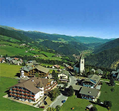 """Photo of Hotel Fichtenhof  by <a href=""""/members/profile/community5"""">community5</a> <br/>Hotel Fichtenhof <br/> March 30, 2018  - <a href='/contact/abuse/image/113098/378474'>Report</a>"""