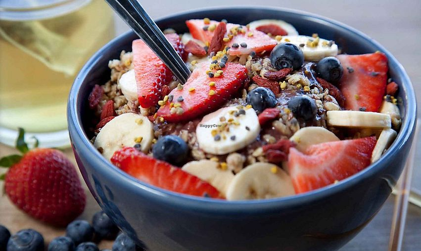 """Photo of Paulista Brazilian Kitchen and Taproom  by <a href=""""/members/profile/MelodyVeganJoy"""">MelodyVeganJoy</a> <br/>acai bowl <br/> February 28, 2018  - <a href='/contact/abuse/image/113225/365079'>Report</a>"""
