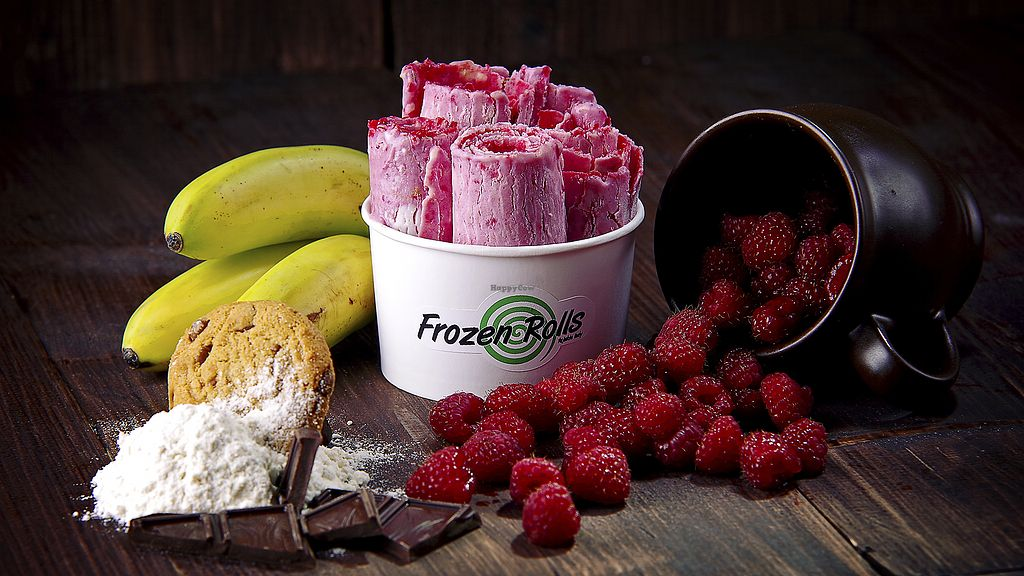 """Photo of Frozen Rolls - Tajskie Lody  by <a href=""""/members/profile/frozenrolls123"""">frozenrolls123</a> <br/>Raspberry + chocolate cookie + banana <br/> March 1, 2018  - <a href='/contact/abuse/image/113335/365328'>Report</a>"""
