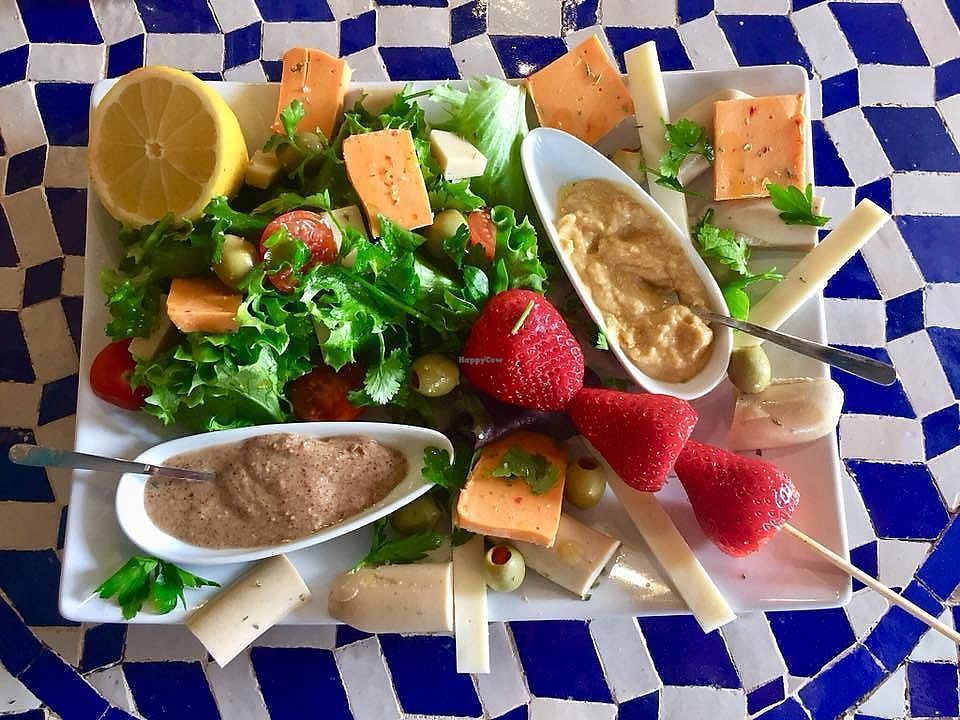 """Photo of SeaYou  by <a href=""""/members/profile/community5"""">community5</a> <br/>Vegan plate <br/> March 10, 2018  - <a href='/contact/abuse/image/113520/369076'>Report</a>"""