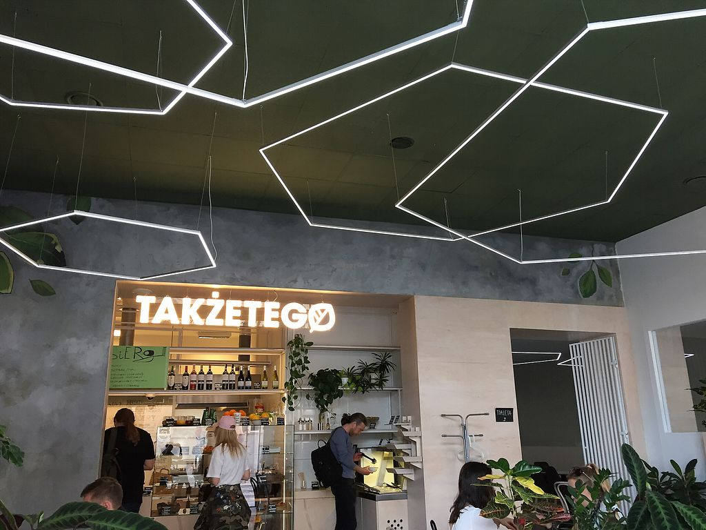 """Photo of Takzetego Wege Bistro  by <a href=""""/members/profile/qwertzbazi"""">qwertzbazi</a> <br/>Here you can order <br/> April 13, 2018  - <a href='/contact/abuse/image/113859/385140'>Report</a>"""