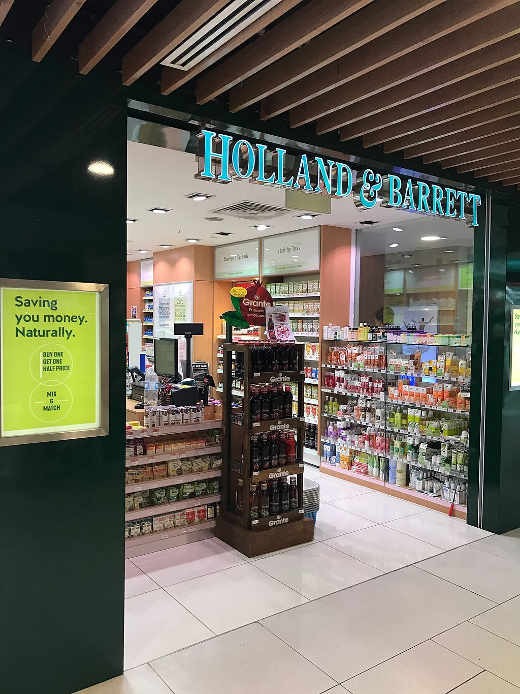 """Photo of Holland & Barrett - White Sands  by <a href=""""/members/profile/kkylaye"""">kkylaye</a> <br/>store front  <br/> March 11, 2018  - <a href='/contact/abuse/image/113978/369151'>Report</a>"""
