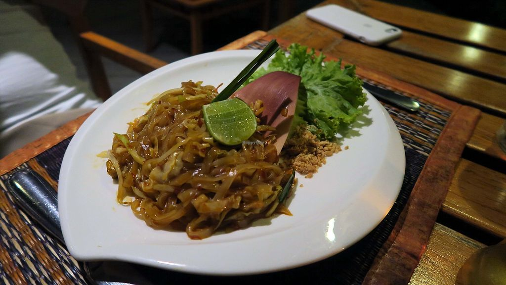 """Photo of The Kitchen Restaurant    by <a href=""""/members/profile/Nikolate"""">Nikolate</a> <br/>pad thai  <br/> March 11, 2018  - <a href='/contact/abuse/image/114013/369300'>Report</a>"""