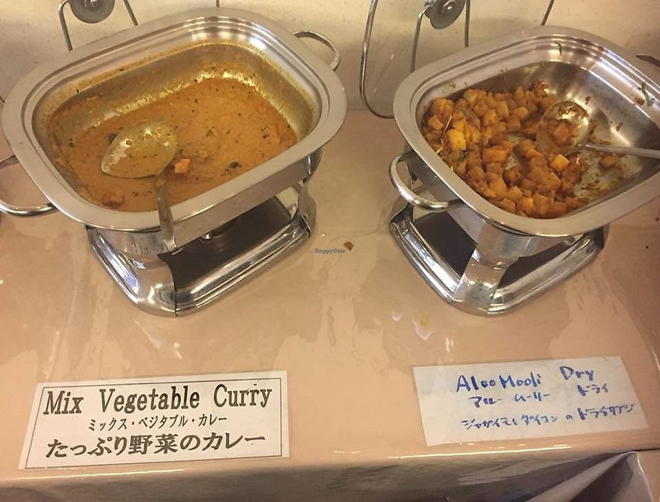 """Photo of Delhi Dining  by <a href=""""/members/profile/StarKodama"""">StarKodama</a> <br/>Lunch buffet vegan options <br/> March 22, 2018  - <a href='/contact/abuse/image/114053/374361'>Report</a>"""