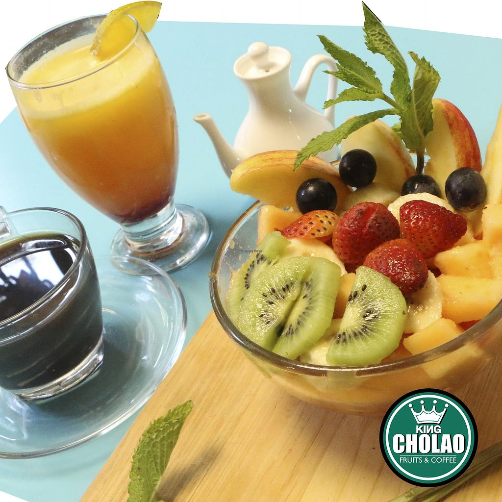 """Photo of King Cholao  by <a href=""""/members/profile/kingCholao"""">kingCholao</a> <br/>A good choice for vegetarians and vegans, delicious fruit salad,  there is also a variety of healthy breakfasts <br/> April 27, 2018  - <a href='/contact/abuse/image/114176/391497'>Report</a>"""
