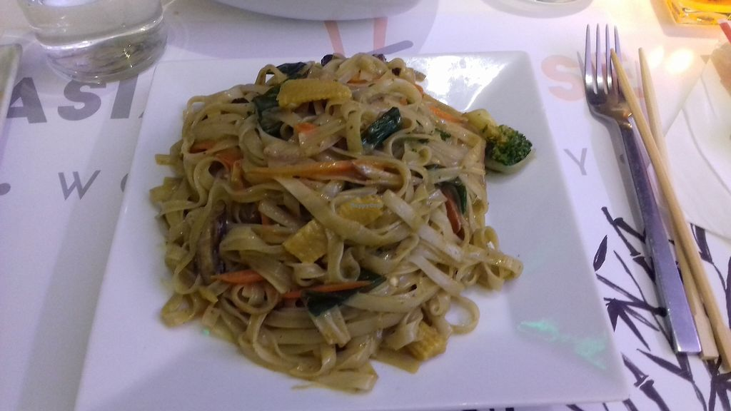 """Photo of Asian House  by <a href=""""/members/profile/natalia8118"""">natalia8118</a> <br/>Curry noodles with vegetables (ask for non egg noodles) <br/> March 11, 2018  - <a href='/contact/abuse/image/114210/369093'>Report</a>"""
