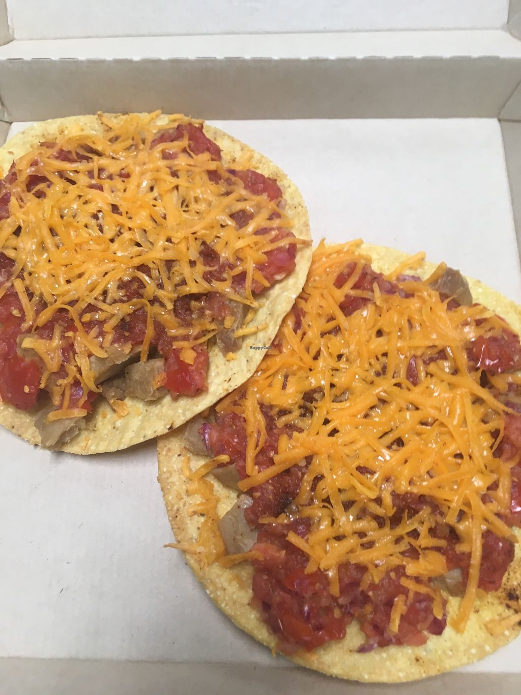 """Photo of Vegan Cooking Today  by <a href=""""/members/profile/Vegancookingtoday"""">Vegancookingtoday</a> <br/>Tostada vegan <br/> May 8, 2018  - <a href='/contact/abuse/image/114219/397102'>Report</a>"""