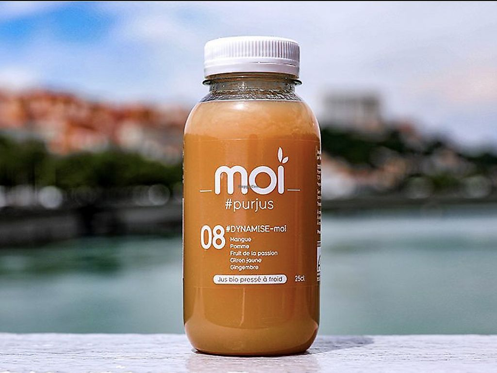 """Photo of Moi  by <a href=""""/members/profile/Fhuvet"""">Fhuvet</a> <br/>Organic Cold pressed juices  <br/> March 22, 2018  - <a href='/contact/abuse/image/114236/374854'>Report</a>"""