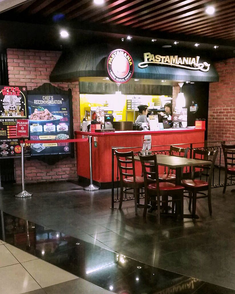 """Photo of Changi Airport T3 - Pastamania  by <a href=""""/members/profile/kkylaye"""">kkylaye</a> <br/>store <br/> May 8, 2018  - <a href='/contact/abuse/image/114262/396827'>Report</a>"""