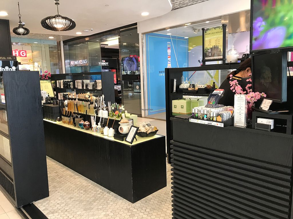 """Photo of Hysses - Bugis Junction  by <a href=""""/members/profile/Sweetveganneko"""">Sweetveganneko</a> <br/>Shop interior <br/> March 14, 2018  - <a href='/contact/abuse/image/114418/370419'>Report</a>"""