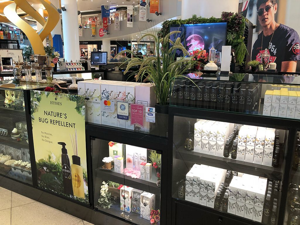"Photo of Hysses - Vivocity  by <a href=""/members/profile/CherylQuincy"">CherylQuincy</a> <br/>Shop front <br/> April 18, 2018  - <a href='/contact/abuse/image/114426/387495'>Report</a>"