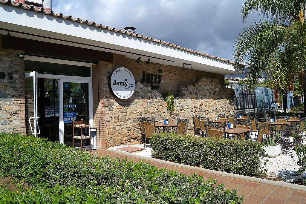 """Photo of Jazzy Bar  by <a href=""""/members/profile/Jazzybar"""">Jazzybar</a> <br/>Outdoor terrace, always with sun and ideal temperature <br/> March 31, 2018  - <a href='/contact/abuse/image/114507/378981'>Report</a>"""