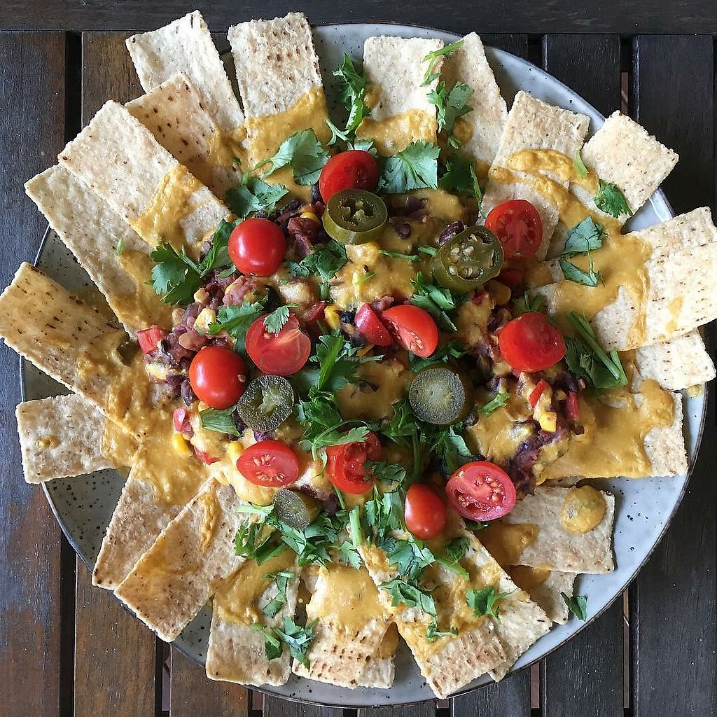 """Photo of 3 Green Meals  by <a href=""""/members/profile/ClarkeVincent"""">ClarkeVincent</a> <br/>Nachos Veganos <br/> March 14, 2018  - <a href='/contact/abuse/image/114537/370718'>Report</a>"""