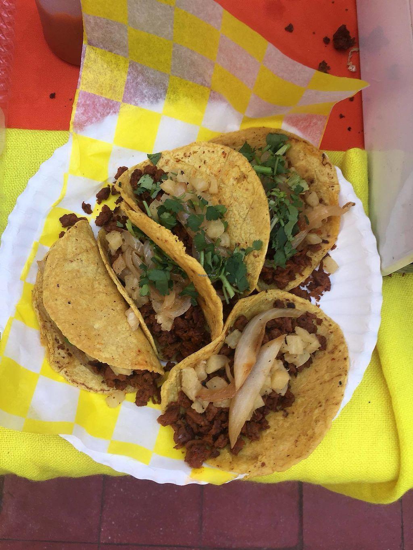 "Photo of La Paloma Cocina Sana y Vegana  by <a href=""/members/profile/fabiolamm"">fabiolamm</a> <br/>Vegan tacos <br/> April 2, 2018  - <a href='/contact/abuse/image/114593/379610'>Report</a>"
