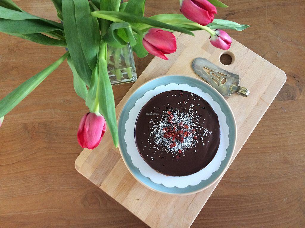 "Photo of DOLI Plantaardig Geluk  by <a href=""/members/profile/MelVL"">MelVL</a> <br/>Chocolade karamel taart (vegan-glutenvrij-notenvrij-sojavrij-natuurlijk gezoet) <br/> March 17, 2018  - <a href='/contact/abuse/image/114640/371708'>Report</a>"