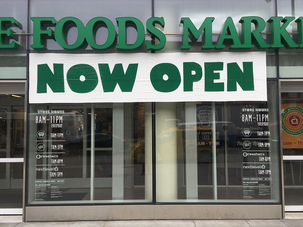 """Photo of 365 by Whole Foods Market  by <a href=""""/members/profile/770veg"""">770veg</a> <br/>Tons of vegan options!! <br/> March 27, 2018  - <a href='/contact/abuse/image/114700/376853'>Report</a>"""