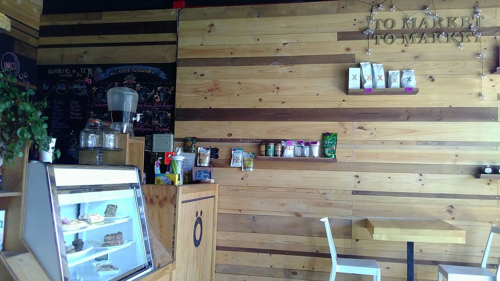 """Photo of O Smoothiebar & Market  by <a href=""""/members/profile/ajito"""">ajito</a> <br/>The store <br/> March 17, 2018  - <a href='/contact/abuse/image/114773/371650'>Report</a>"""