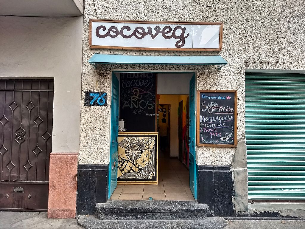 """Photo of Cocoveg  by <a href=""""/members/profile/enRoute"""">enRoute</a> <br/>Cocoveg storefront <br/> April 11, 2018  - <a href='/contact/abuse/image/114835/383624'>Report</a>"""