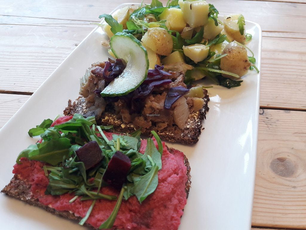 """Photo of Velbekomme Cafe  by <a href=""""/members/profile/jennyc32"""">jennyc32</a> <br/>Vegan open sandwiches and salad <br/> March 18, 2018  - <a href='/contact/abuse/image/114836/372587'>Report</a>"""