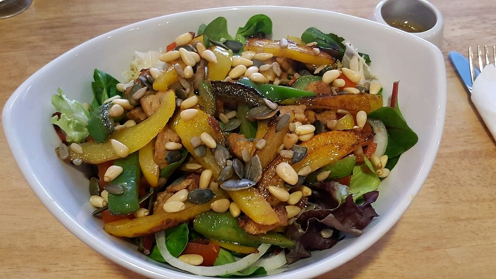 """Photo of Earth's Bounty  by <a href=""""/members/profile/Clare"""">Clare</a> <br/>Vegan Tofu and pepper superfood salad <br/> March 31, 2018  - <a href='/contact/abuse/image/114846/378946'>Report</a>"""
