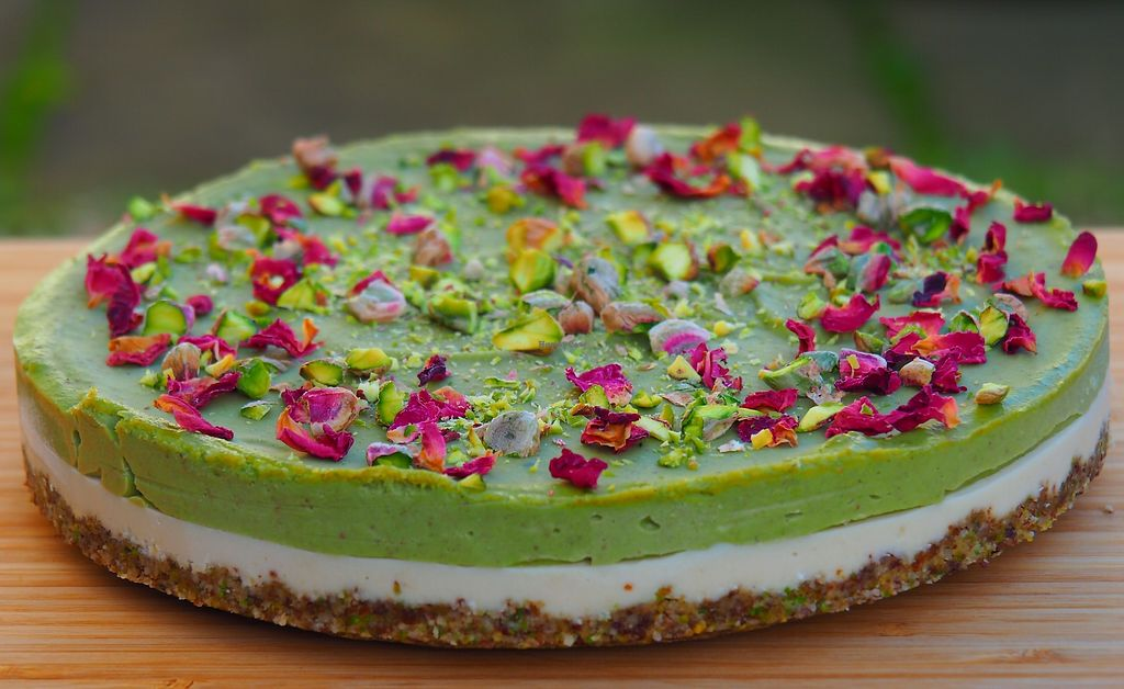 """Photo of Rawsmary  by <a href=""""/members/profile/Martinkaaa"""">Martinkaaa</a> <br/>Raw Pistachio & Rose Cake - dairy, gluten and refined sugar free <br/> March 19, 2018  - <a href='/contact/abuse/image/114962/372965'>Report</a>"""